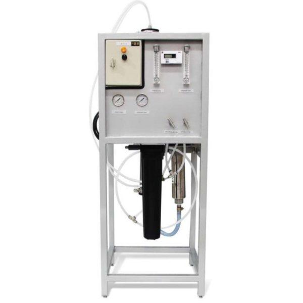 Ósmosis inversa Aquor, gabinete de acero inoxidable, para 2,200 y 4,400 galones por día.